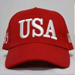 USA 45 red Hat + coin and sticker
